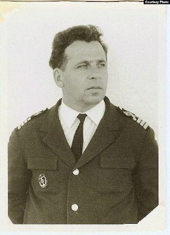 Рем Смирнов - капитан болгарского сухогруза