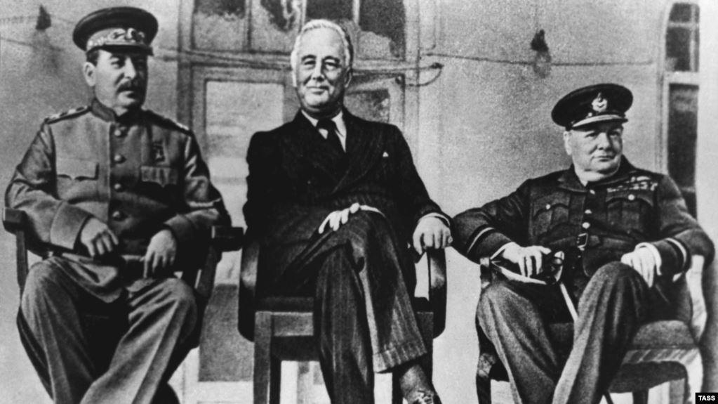 Сталин, Рузвельт и Черчилль в Тегеране, 1943